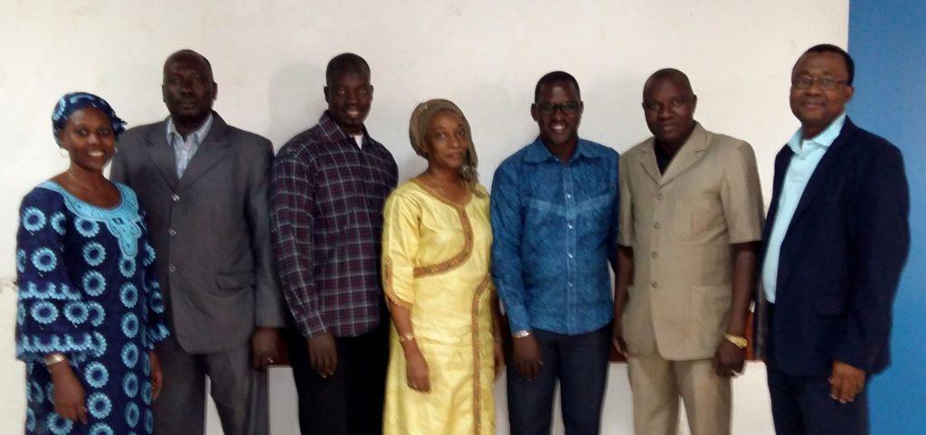 Le chef de mission de Solthis au Mali, le Dr Alain AKONDE, a organisé cette atelier avec le concours du Dr Almoustapha MAIGA, virologue et chercheur, chef de service du laboratoire d'analyses médicales du CHU – Gabriel TOURE de Bamako et du Professeur Mariam SYLLA, professeur de pédiatrie également au CHU Gabriel TOURE.